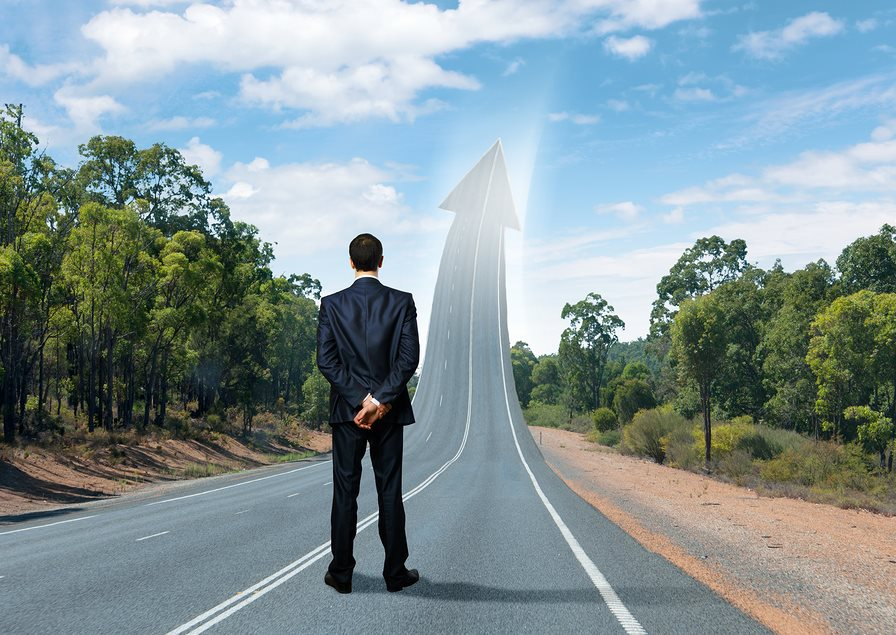 "Training seminar for personal motivation management, ""200 miles on the oncoming traffic lane"""