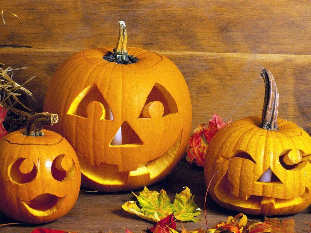 Halloween! Pumpkin carving