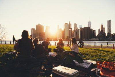 WorldSurfers – клуб публичных выступлений на английском языке